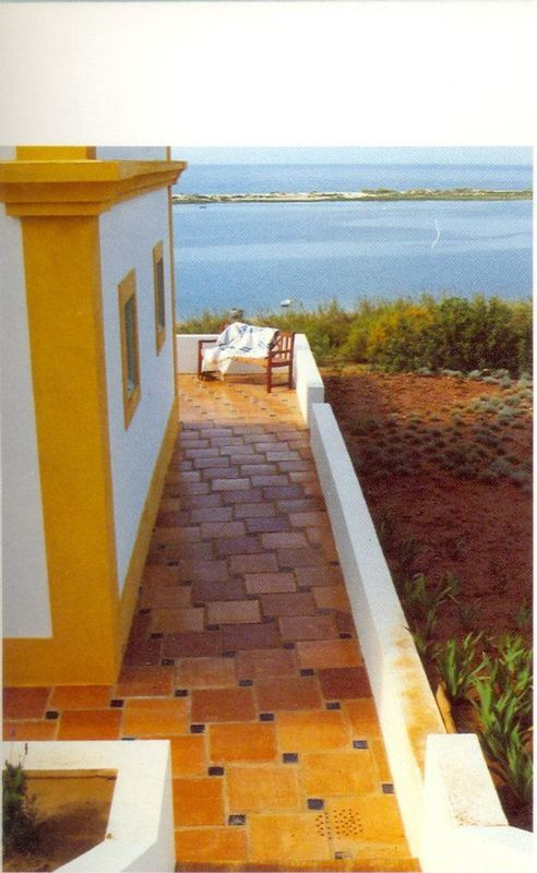 Algarve tiles - Paving