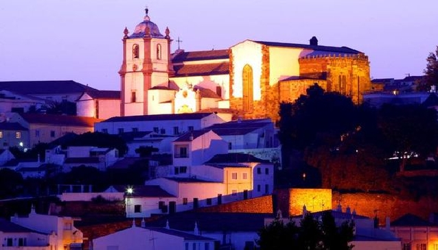 How to do Christmas & New Year in the Algarve