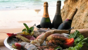 Top 10 Romantic Restaurants in Algarve