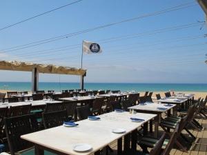 BJs Oceanside restaurant