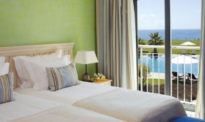 Cascade Resort suite, Lagos, Algarve
