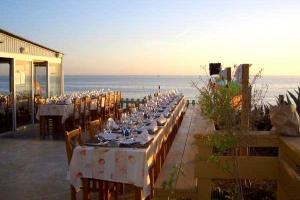 Izzys Beach Restaurant
