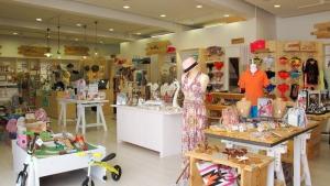Lewis Andrews Lifestyle Store Algarve