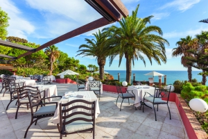 Best Restaurants with a View in Algarve