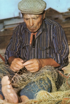 Algarve - mending nets