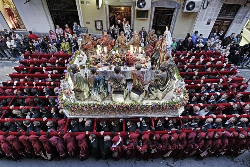 Beautiful statues take centre stage in the Easter parades in Alicante