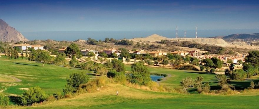 Las Brisas de Alenda golf property from Taylor Wimpey, Alicante