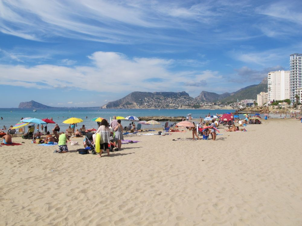 Great beach resorts in Alicante including Calpe
