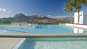 Top 5 Luxury Resorts in Alicante