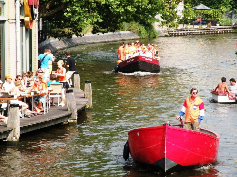 Boats on the Canals - Queens Day
