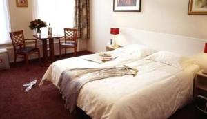 Asterisk Hotel