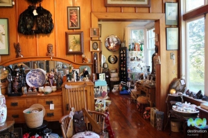 Aranui Collectables and Antiques