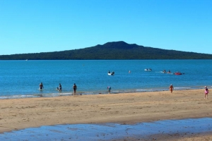 Narrow Neck Beach, Devonport