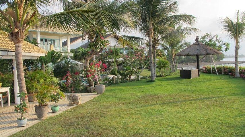 Mayo Resort, where gardens meet sea