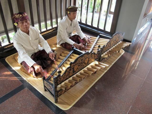 Gamelan duet at Dynasty Resort