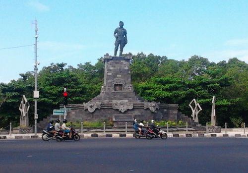 1 of many memorials of I Gusti Ngurah Rai
