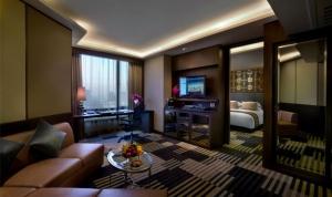 Premium Club deluxe suite