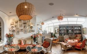 un Dimanche a Paris - Café La Suite