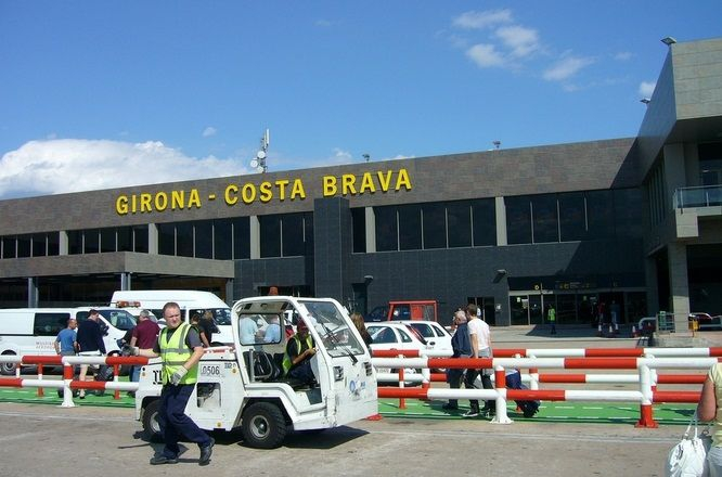 Girona - Costa Brava Airport. Foto credit: Flicr