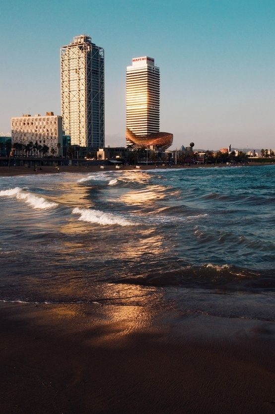 Barcelona Beaches: photo credit: Pinterest