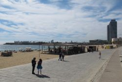 Barcelona Beaches, Nova Ic? ria Beach