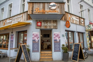 Front Entrance - Cafe Bakermans
