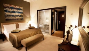Quentin Hotel