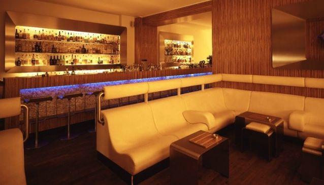 Saphire Bar