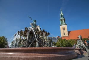 Neptune Fountain and Marienkirche -Berlin Mitte