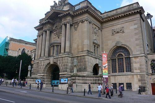 Bristol Museum and Art Gallery. Flickr Credit: heatheronhertravels