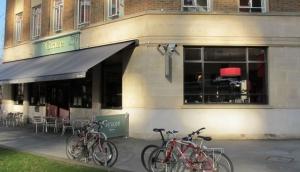Graze Bar and Chophouse