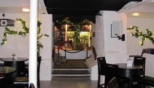 Harveys Cellars