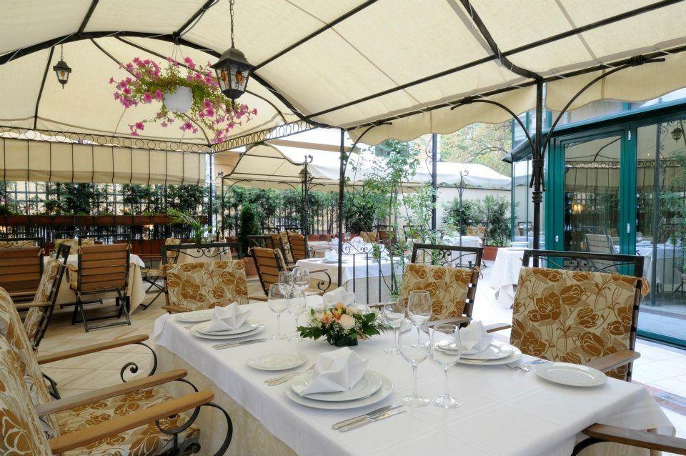 Discover bulgaria com bride bulgarian for Boutique hotel companies