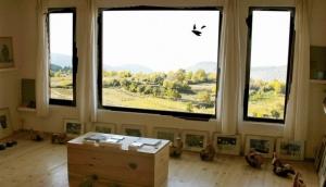Leshten Gallery