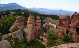 Belogradchik Rocks by E.Bliznashka