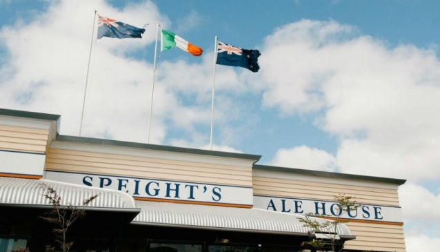 Bealey's Speights Ale House
