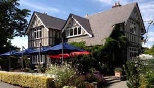 Curator's House Restaurant