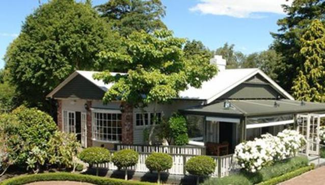 Hinton's Vineyard Restaurant & Cafe