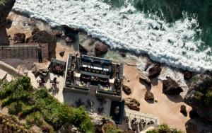 The Rocks Bar at Ayana Jimbaran