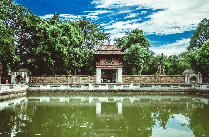 A Crash Course to Exploring Hanoi