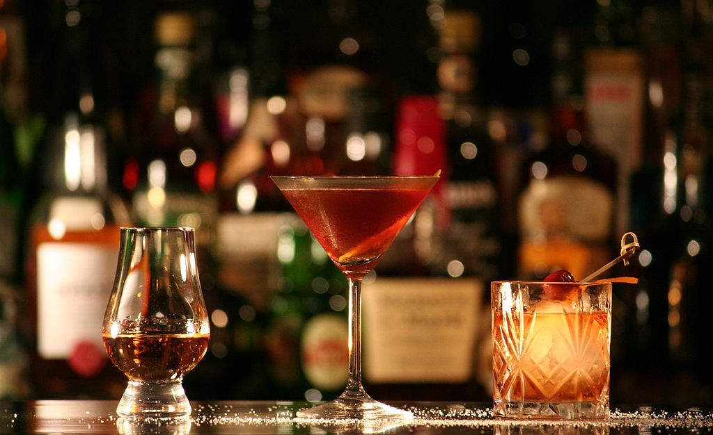 Top 5 Queenstown Cocktail Bars You need To Visit