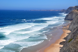 Is September the best month to visit the Algarve?