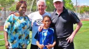 Liverpool Legends hit the right spot with young footballers in Alicante
