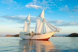 Romantic Adventure Yacht Just For Two