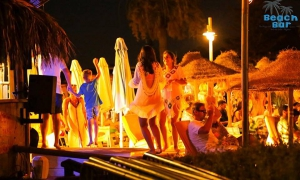 Summer parties at The Beach Bar, Vale do Lobo