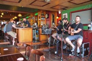 Trad Session at O'Neills Irish Bar, Vilamoura