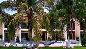 El Saberno Beach Hotel