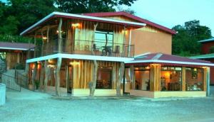 Monteverde Rustic Lodge