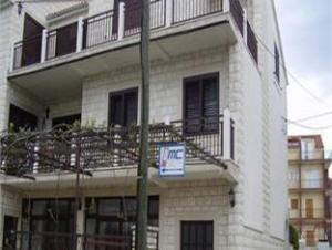 Apartments Sustic Kastel Stafilic