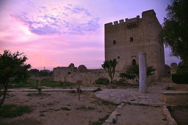 قلعه زیبای کلوسی در لیماسول قبرس